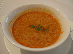 15ランチ:トマト・チーズ・卵のスープ@ブルースター・タカクラホテル福岡