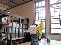 店内:窓際の禁煙席@カフェ・エルグレコ・倉敷