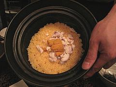 料理:土鍋の炊き込みご飯・雲丹と旬魚@僧伽小野・糸島