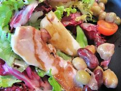 15スモークチキンと豆のサラダ@白金茶房・白金酒店