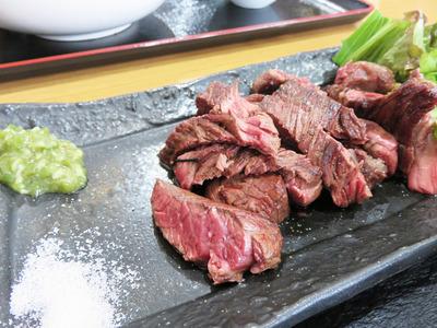 1牛赤身のBBQ定食肉