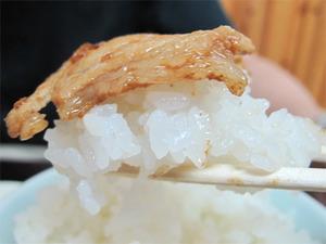 13肉炒めオンザライス@福竜軒