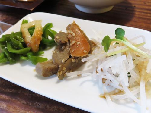 18ラーメンランチ3種惣菜