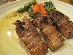 15料理:自家製ベーコンと野菜のソテー@居酒屋なごみ・八女の鮎と燻製料理の店・美野島