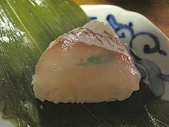 15料理:小鯛の笹寿司アップ@京寿司ランチ・祇園いづ重