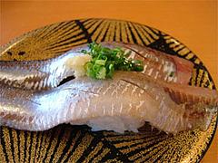 回転寿司『市場ずし魚辰』大羽イワシ315円@福岡・長浜・市場会館