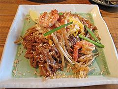 料理:パッタイ(タイ式焼きそば)750円@タイ屋台料理&ヌードル・オシャ