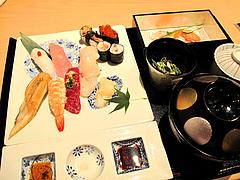 料理:特選握り鮨の膳1,800円@海山邸・ザショップス