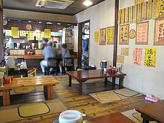 2店内:カウンター・小上がり@みゆき屋・ラーメン・七隈