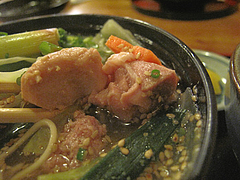7ランチ:元祖水炊きラーメンの鶏肉とつくね@居酒屋・井戸端・博多川端商店街