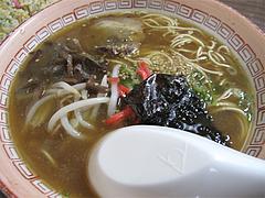 料理:ラーメン単品だと450円@金龍食堂・親富孝通り・天神