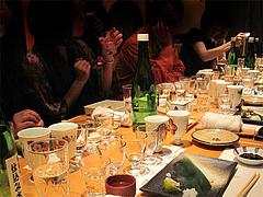 12店内:グラスいっぱい@鮨ダイニング太兵衛・博多区古門戸町