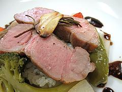 料理:豚肩ロース肉アップ@フレンチ・シェ サンアン・早良区石釜