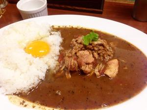 8納豆チキン+生卵@カレーハウス辛激屋