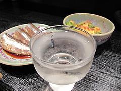6昭和レトロな日本酒バー:日本酒のグラス売り@居酒屋・酒菜の店みき・大橋