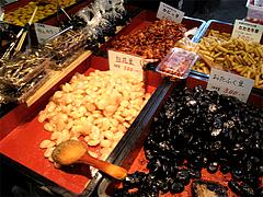 煮豆・おせち材料@年末の柳橋連合市場・福岡2010