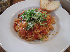 9ランチ:ベーコンとトマトのモッツァレラチーズ・スパどん@サンディッシュ・カフェ・美野島