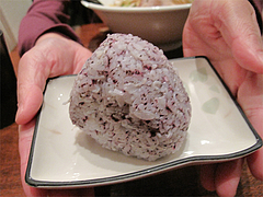 料理:日替わりおむすび100円じゃこゆかり@上四十川・舌心