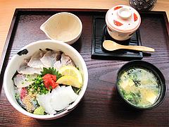 料理:博多丼セット900円@海鮮丼・日の出・薬院