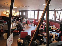 4店内:フロア@熊本ラーメン館・味千拉麺×桂花拉麺・半道橋店