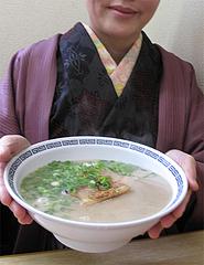 料理:ラーメン500円@長浜ラーメン・じろう・西新