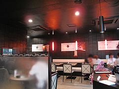 3店内:テーブル席@チャンポン専門店・ヌードルキッチン・ウツツヤ(現屋)・天神ビブレ