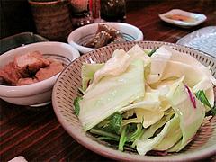 料理:付き出しとキャベツ@やきとり処・博多こっこ家・春吉
