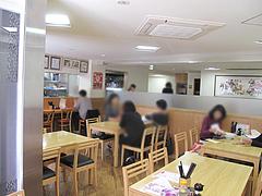 3店内:カウンター・テーブル席@にい好(ニイハオ)朋友・六本松