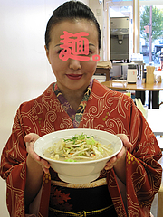 料理:まかないラーメン@元祖長浜ラーメン・ぶんりゅう