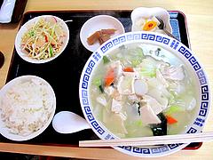 ランチ:海鮮と白菜豆腐スープ@本格中華料理・翔悦・樋井川