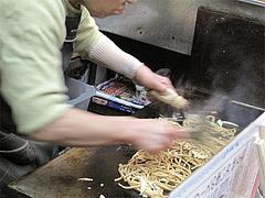 料理:焼うどん製作中2@小倉名物・元祖焼うどん・だるま堂