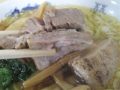 8ランチ:豚角煮ラーメンの肉@黄金福ワンタンまくり・西長住店