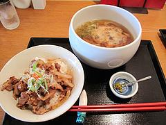 12ランチ:牛すじ丸天うどん+豚生姜焼丼ミニ780円@丸天うどん専門店・万平・七隈