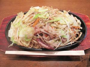 14焼チャンポン680円@英々食堂