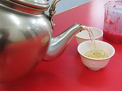 料理:緑茶@元祖ラーメン長浜家・福岡