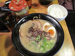 14ランチ:半熟煮玉子ラーメンセット750円@ラーメン二男坊・博多本店・博多駅