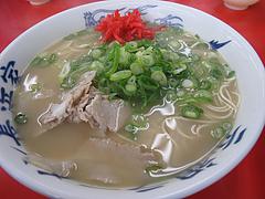 料理:ラーメン・ナシカタ400円@元祖ラーメン長浜家・港
