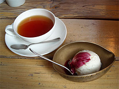 紅茶とデザート@ヌワラエリヤ