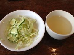 8セットのスープとサラダ@ごちそうさま