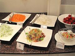 10ランチ:サラダコーナー・海草・サラダスナック@ブルースター・タカクラホテル福岡