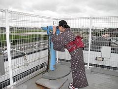 外観:展望台の望遠鏡@牧のうどん・空港店