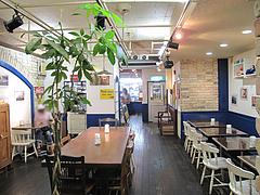 店内:テーブル席1@サンドイッチファクトリーOCM(オーシーエム)・小倉