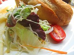 11ランチ:ボカディーリョ・ランチのサラダ@スペインバル&カフェ エスペランサ