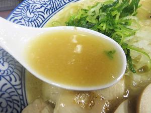 5濃厚鶏白湯そばスープ@武一はなれ