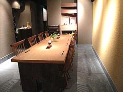 店内:テーブル席@うどん・わらの蔵・今泉・天神