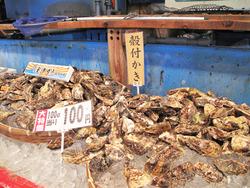 5殻付き牡蠣@博多街道魚市