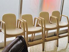 店内:子供用椅子@竹園・百年橋店