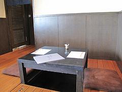 4店内:テーブル@天ぷら・あきよし・室見