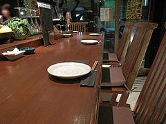 2店内:カウンター席@いきさん牧場・ぶたの王様・大手門