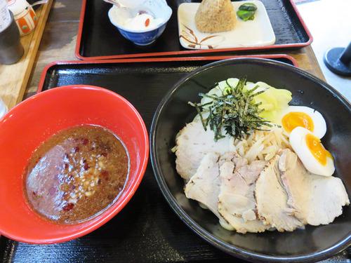 6濃厚焼豚つけ麺930円